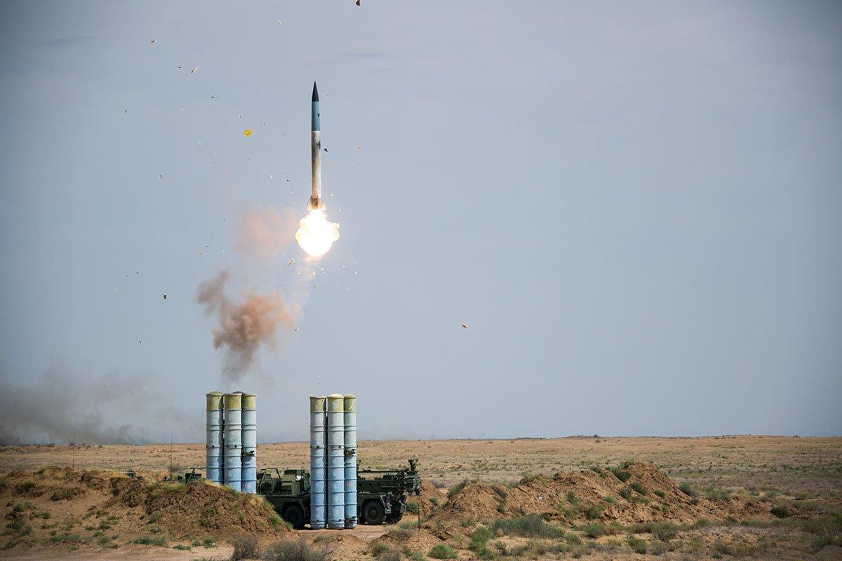 1551961652400-s-400-triumf-launch